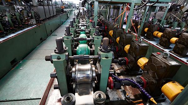 简单说说双兴不锈钢工业管价格变动的因素