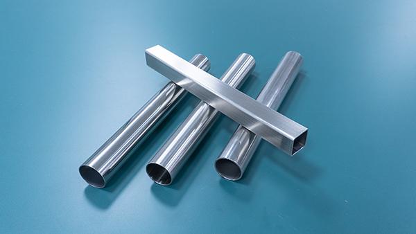 简单说说不锈钢复合护栏管生锈的处理方法